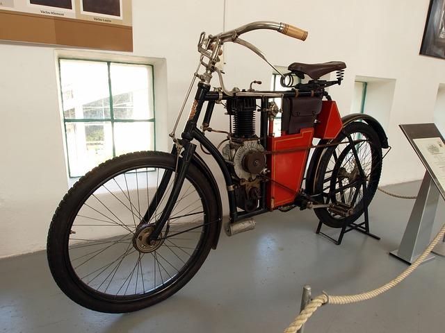 Motocykl & Laurin Klement